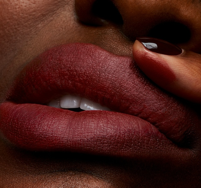 Lipstick Formula Called Powder Kiss